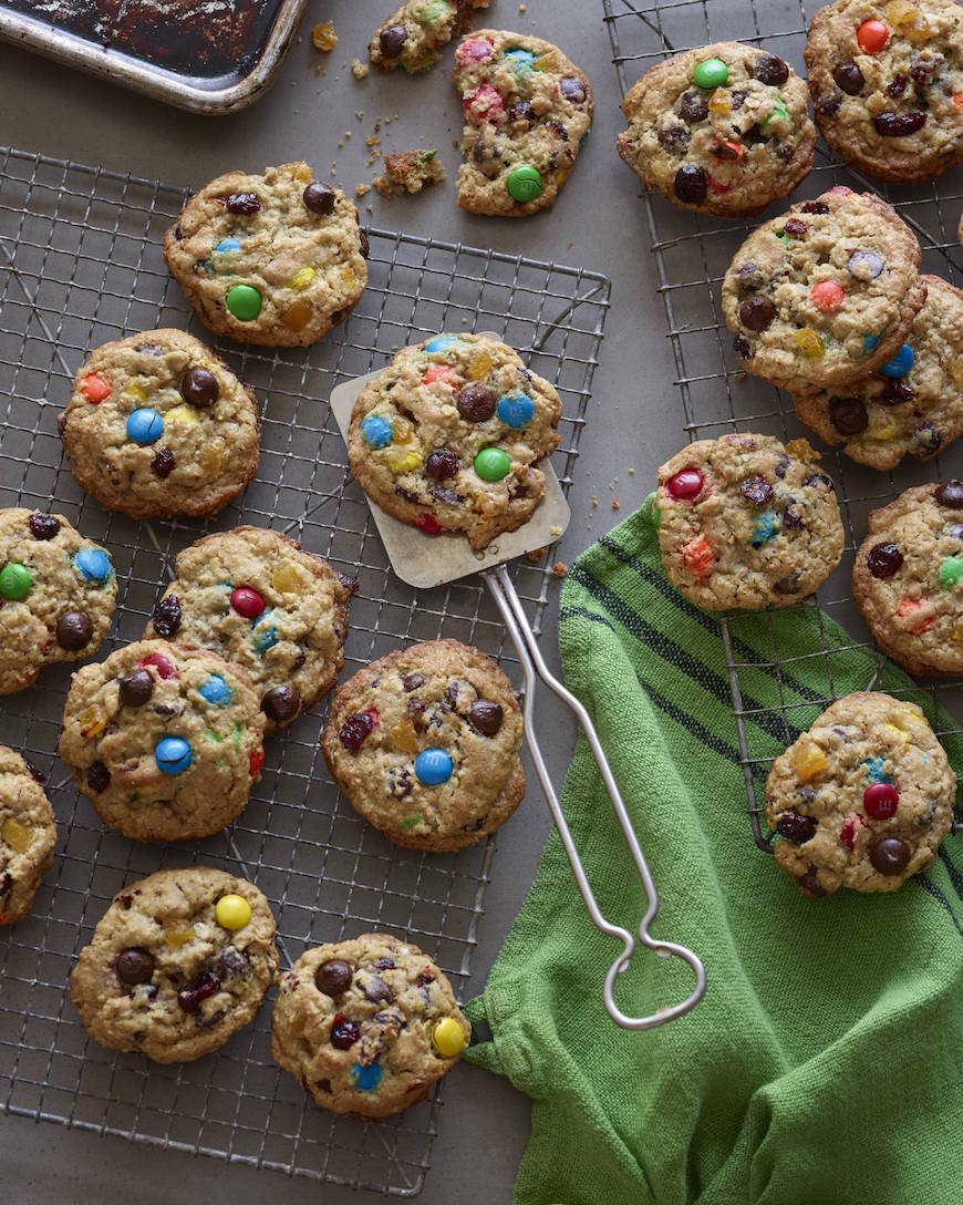 Dad's Kitchen Sink Cookies from www.whatsgabycooking.com (@whatsgabycookin)