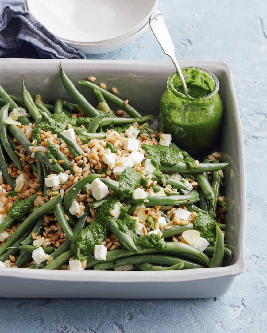 Green Bean Farro Salad with Basil Mint Vinaigrette from www.whatsgabycooking.com (@whatsgabycookin)