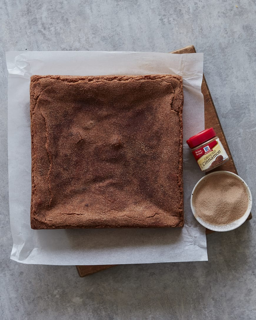 Snickerdoodle Blondie Brownies from www.whatsgabycooking.com (@whatsgabycookin)