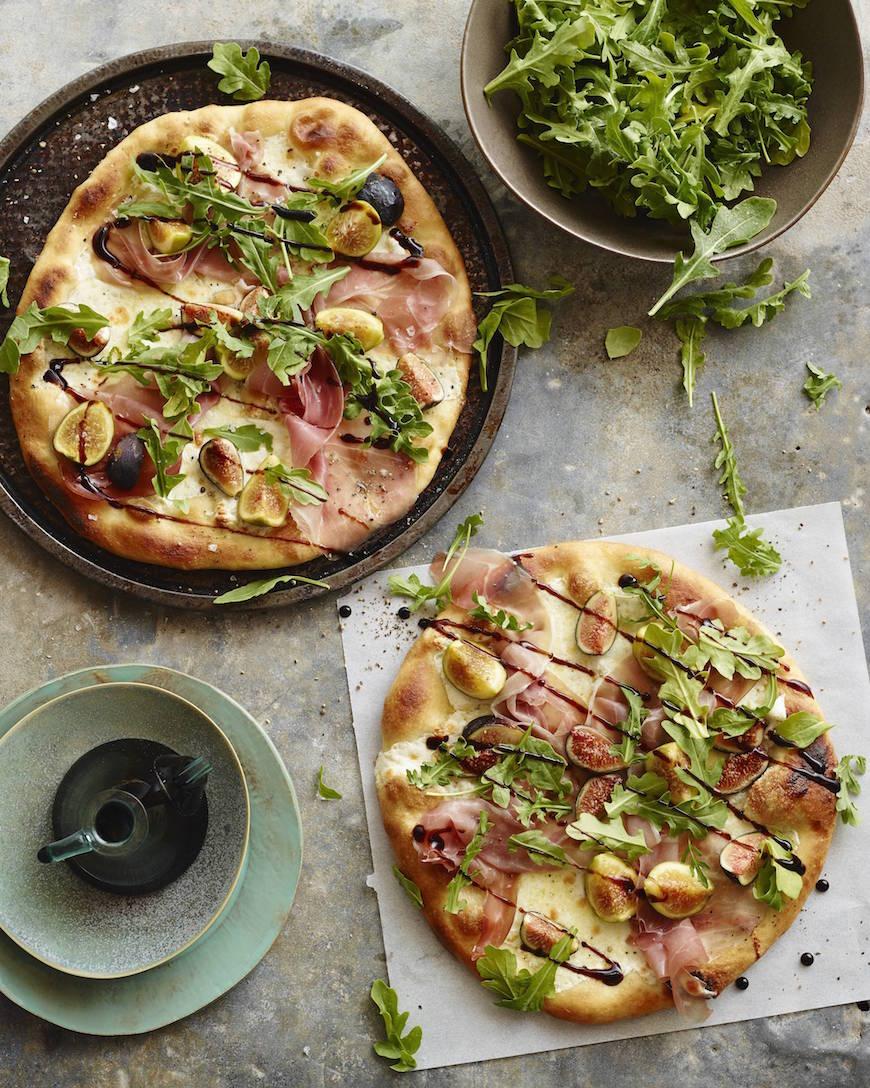 Arugula Fig Pizza from www.whatsgabycooking.com (@whatsgabycookin)