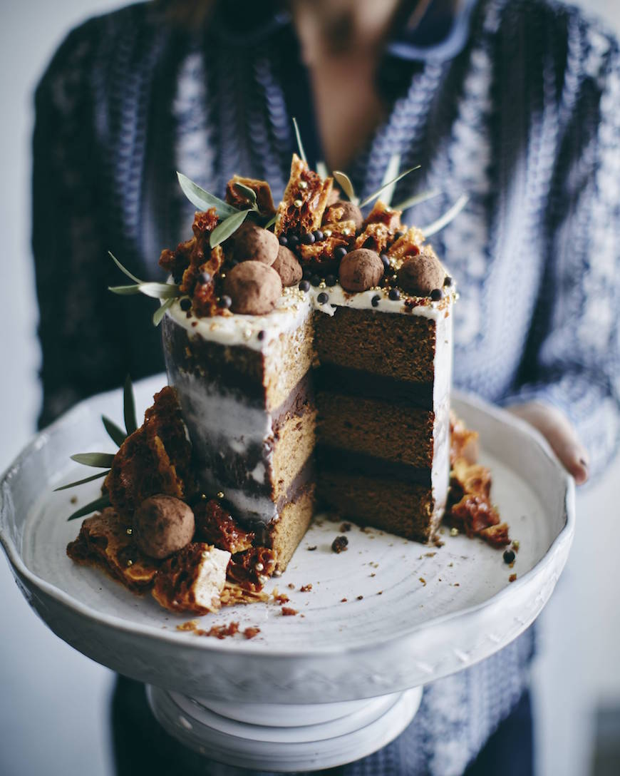 Triple Layer Pumpkin Cake / Friendsgiving from ww.whastgabycooking.com (@whatsgabycookin)