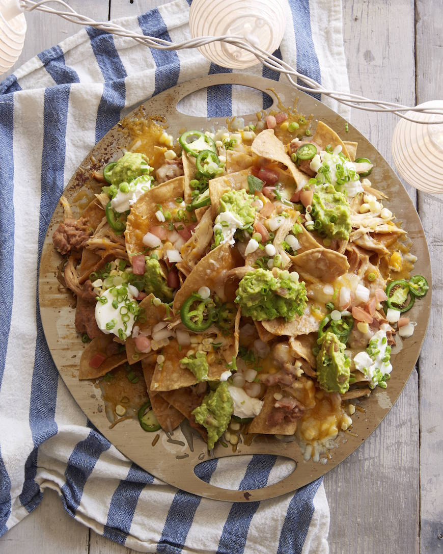 BBQ Nachos / part of the most epic round up of game day recipes from www.whatsgabycooking.com (@whatsgabycookin)