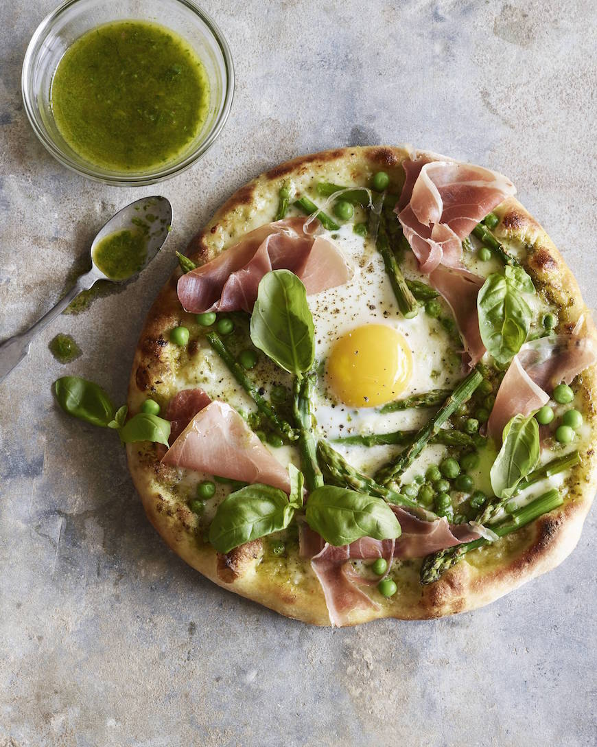 Pea Prosciutto Spring Pizza with an Egg from www.whatsgabycooking.com (@whatsgabycookin)