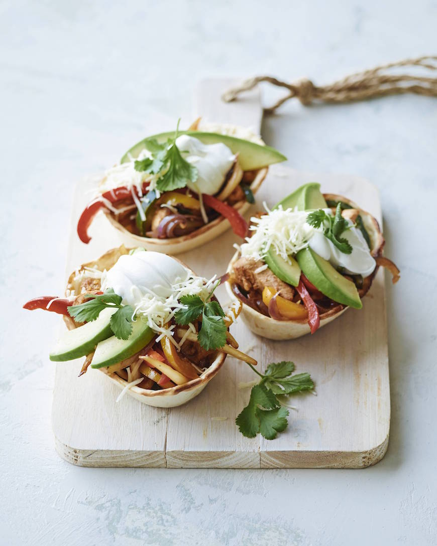 Poblano Chicken Fajita Taco Boats from www.whatsgabycooking.com (@whatsgabycookin)