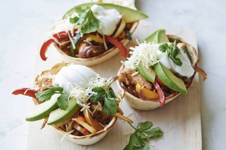 Poblano Chicken Fajita Taco Boats from www.whatsgabycooking.com (@whatsgabycook)