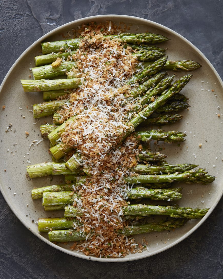 Lemon Panko Parmesan Asparagus from www.whatsgabycooking.com (@whatsgabycookin)