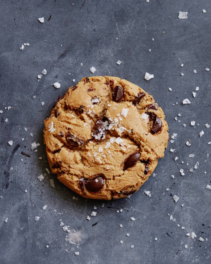 The Best Chocolate Chip Cookie from www.whatsgabycooking.com (@whatsgabycookin)