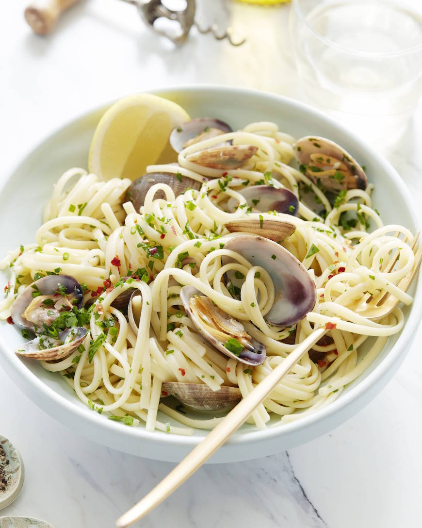 Linguini with Garlic, Clams and Herbs from www.whatsgabycooking.com (@whatsgabycookin)