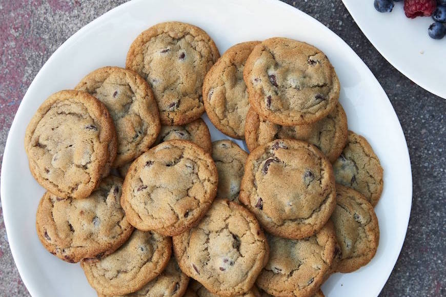 vanilla bean chocolate chip cookies what s gaby cooking
