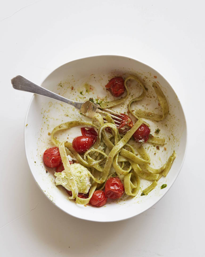 Tomato Basil Pasta with Burrata from www.whatsgabycooking.com (@whatsgabycookin)