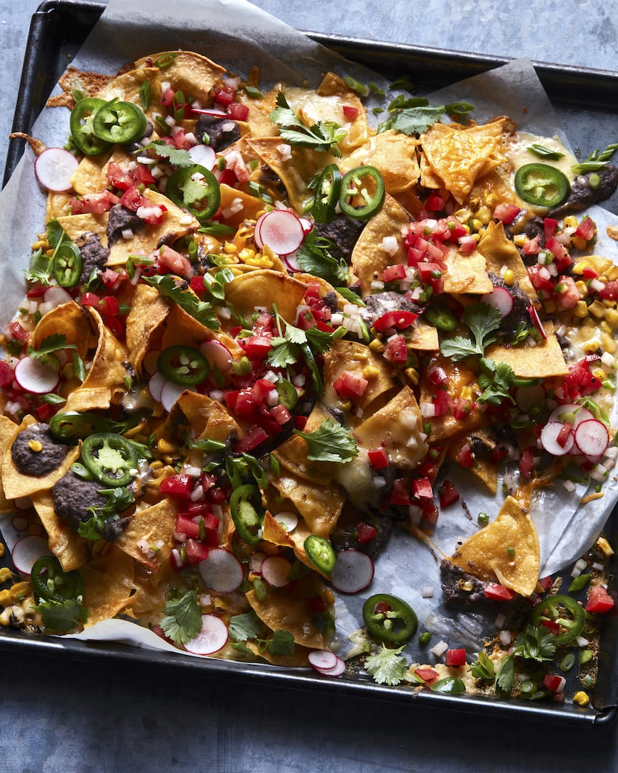 Fully Loaded Black Beans Nachos from www.whatsgabycooking.com (@Whatsgabycookin)