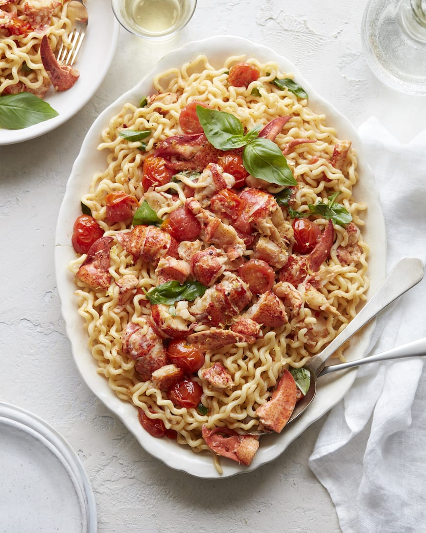Easy Summer Lobster Pasta from www.whatsgabycooking.com (@whatsgabycookin)
