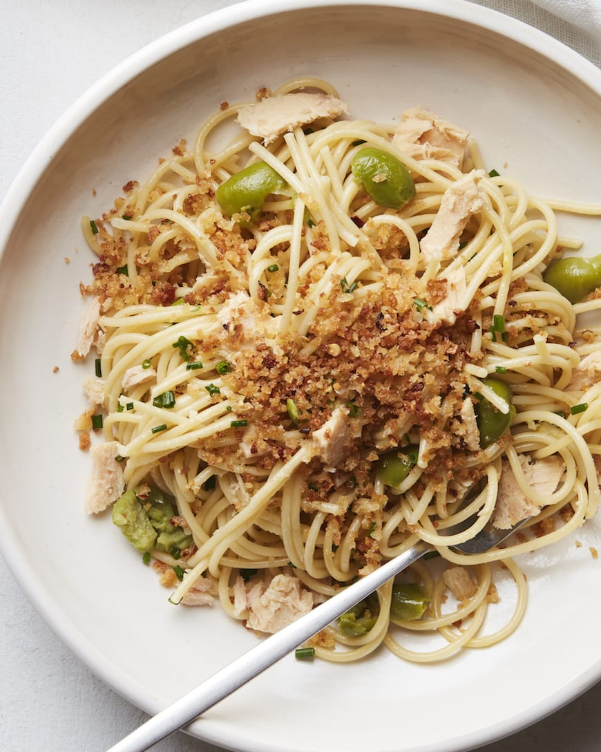 Lemon Spaghetti with Tuna and Breadcrumbs from www.whatsgabycooking.com (@whatsgabycookin)