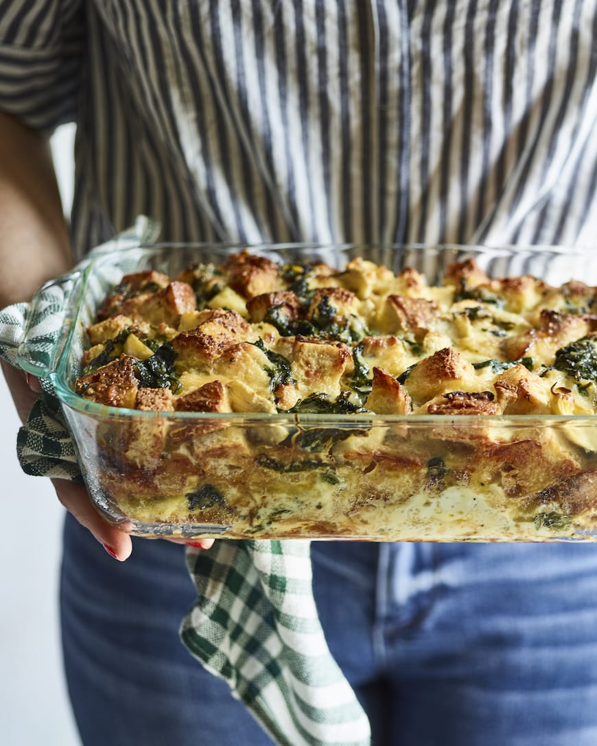 Spinach Artichoke Strata from www.whatsgabycooking.com (@whatsgabycookin)