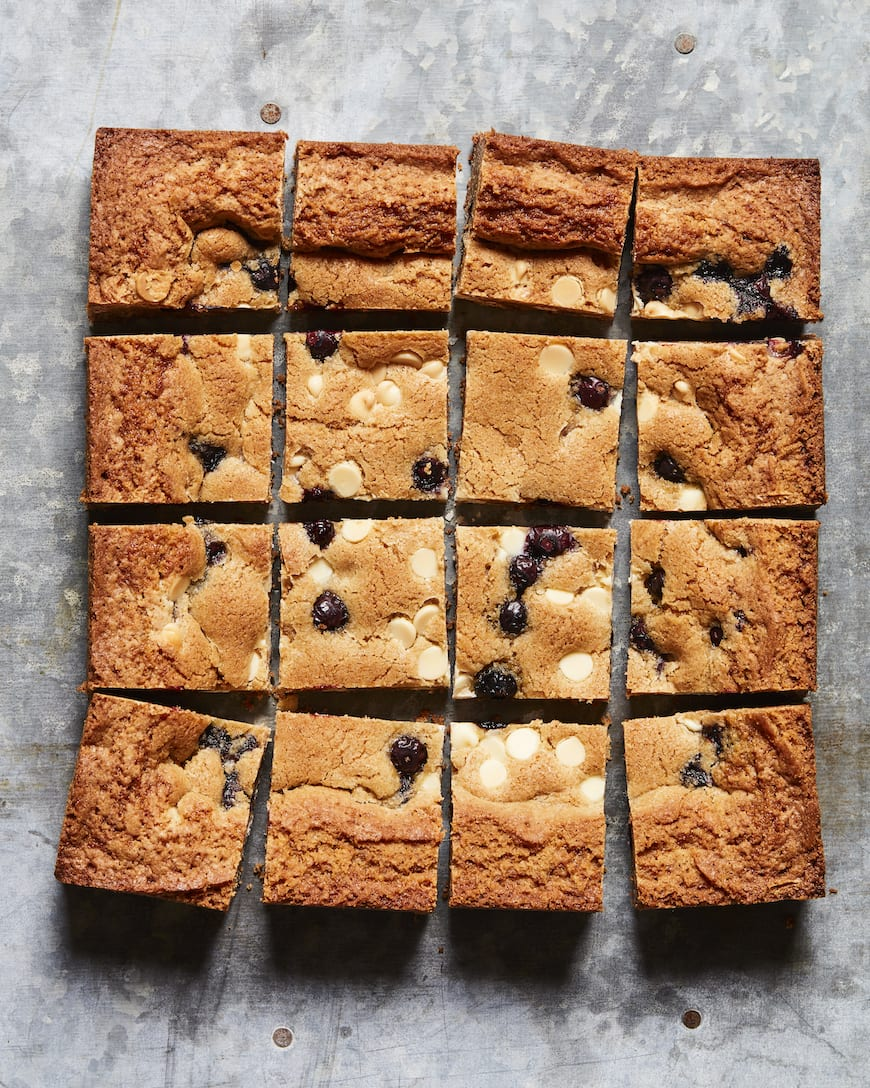 White Chocolate Chip Blueberry Blondie Brownies from www.whatsgabycooking.com (@whatsgabycookin)