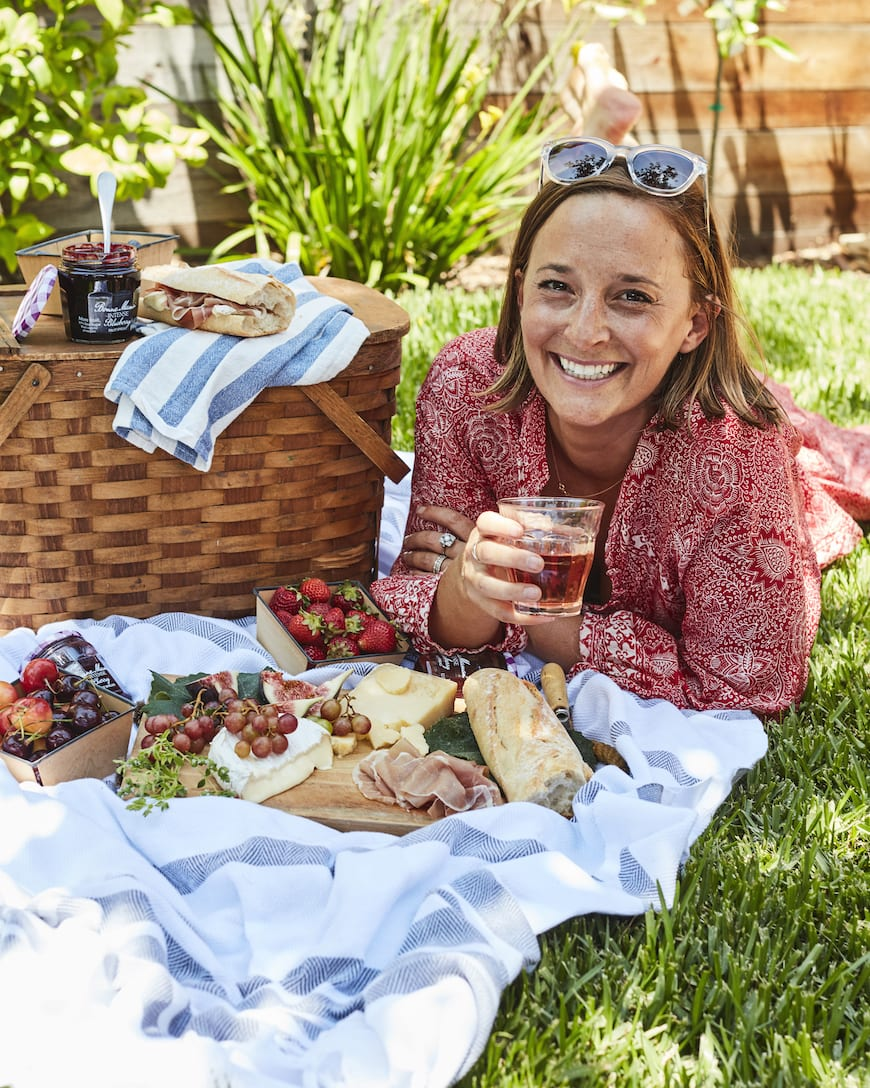 Easy French Summer Picnic from www.whatsgabycooking.com (@whatsgabycookin)