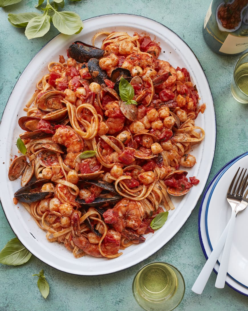 Seafood Pasta from www.whatsgabycooking.com (@whatsgabycookin)