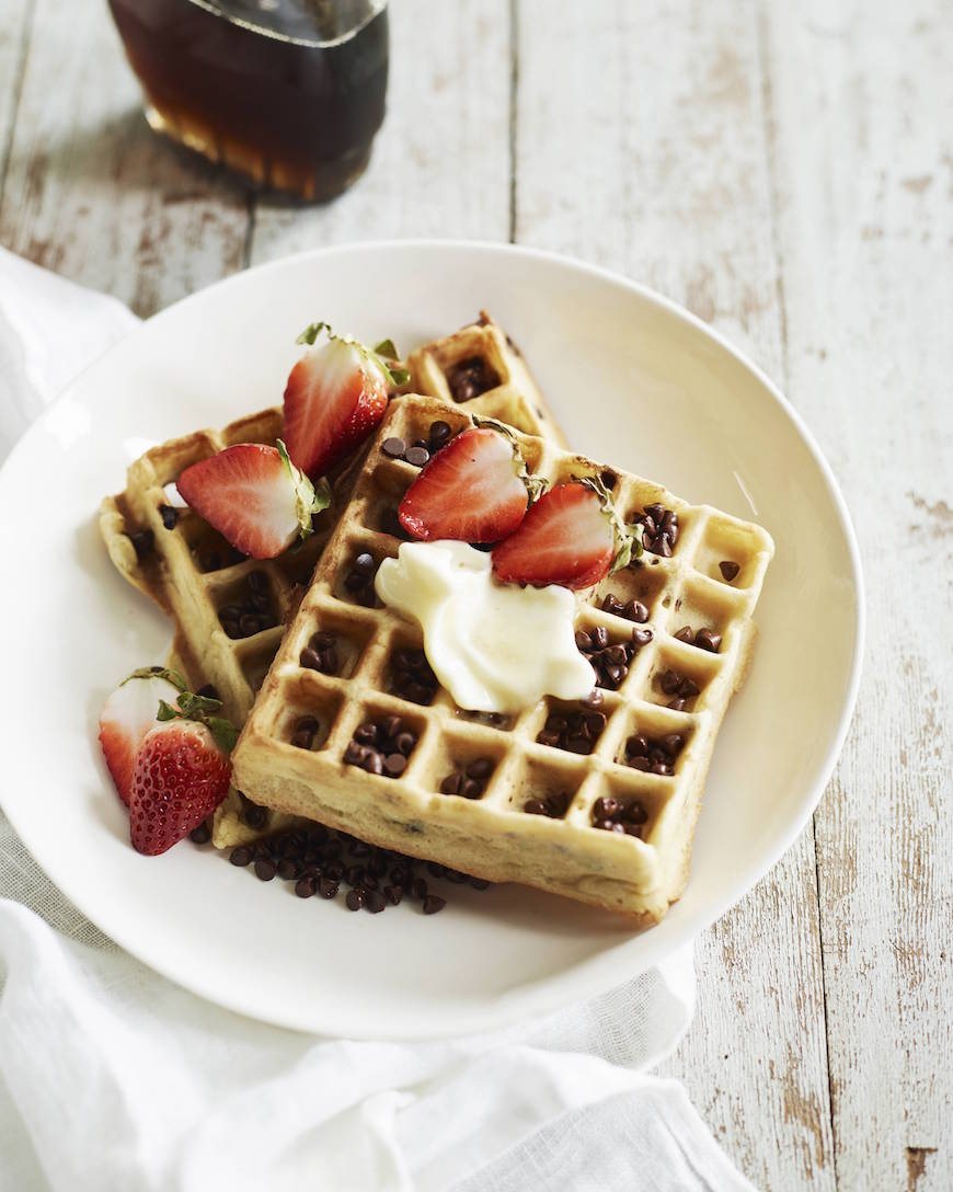Chocolate Chip Waffles for a Mother's Day Brunch Menu from www.whatsgabycooking.com (@whatsgabycookin)