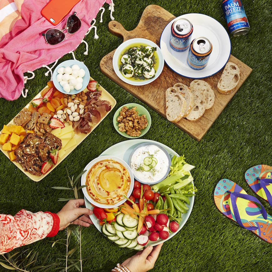 Picnic-ing 101 - how to host an epic summer picnic from www.whatsgabycooking.com (@whatsgabycookin)