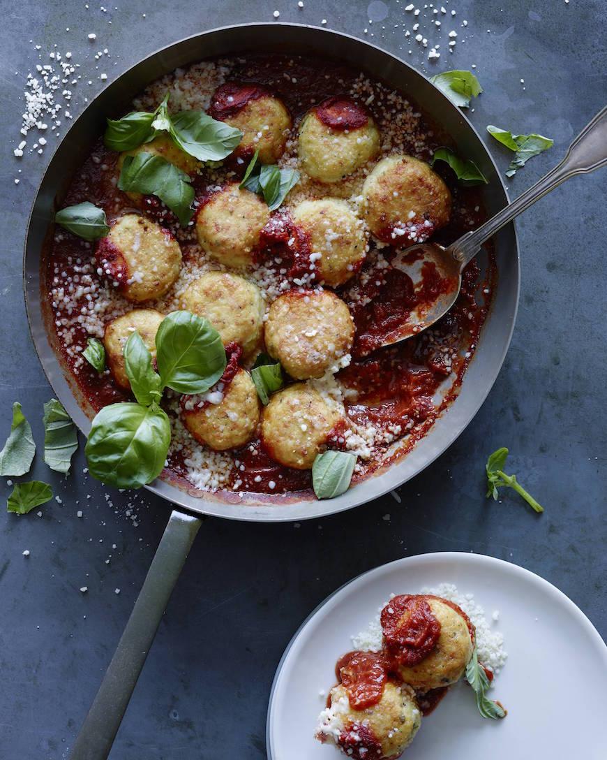 Chicken Parmesan Meatballs from www.whatsgabycooking.com (@whatsgabycookin)