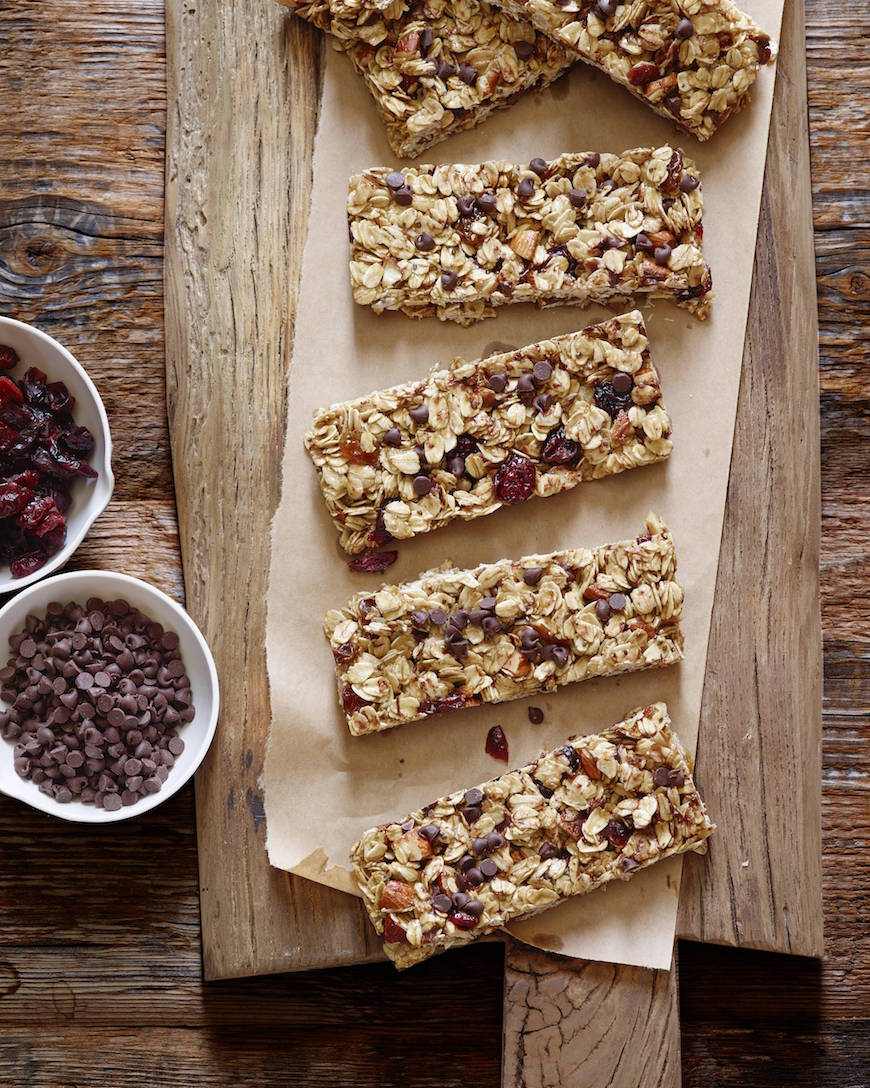 Homemade Granola Bars from www.whatsgabycooking.com (@whatsgabycookin)
