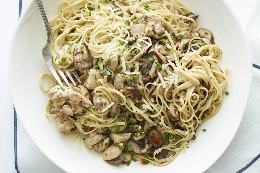 Lemon Chicken Pasta from www.whatsgabycooking.com (@whatsgabycookin)