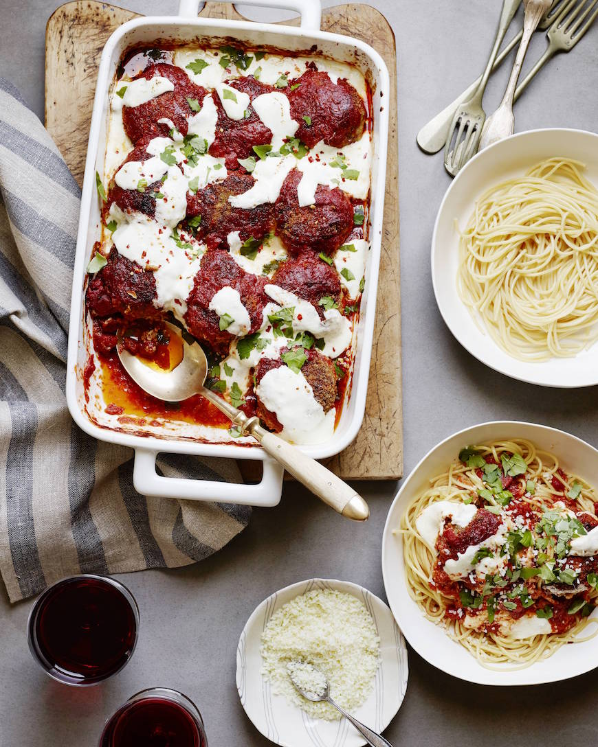 Perfect Italian Meatballs from www.whatsgabycooking.com (@whatsgabycookin)