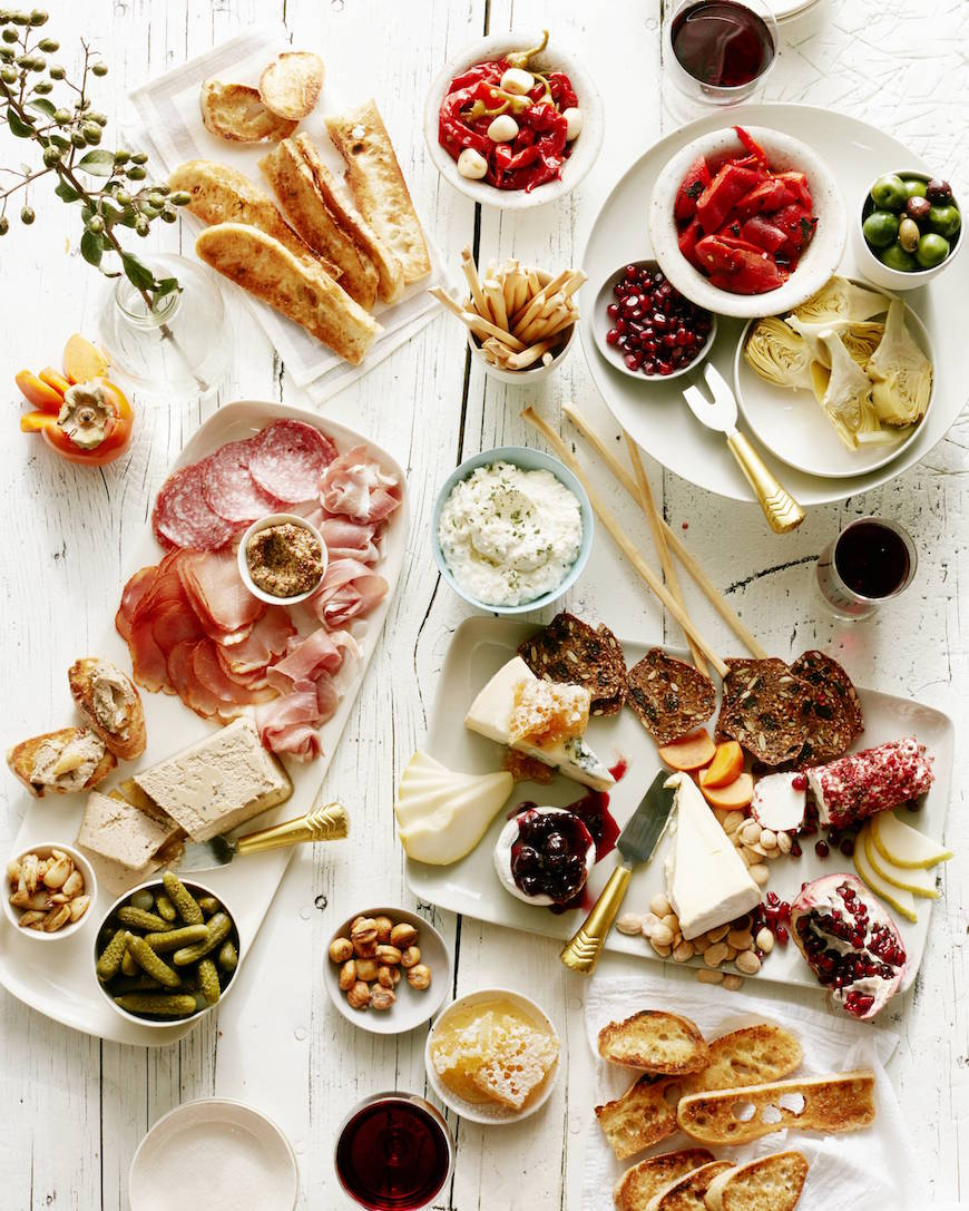 Winter Bruschetta Bar from www.whatsgabycooking.com (@whatsgabycookin)